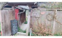 山の上の隠れ家カフェ