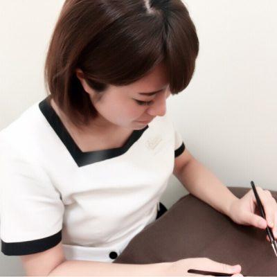 ポップタウン住道オペラパーク店のアイラッシュデザイナー鈴香西尾